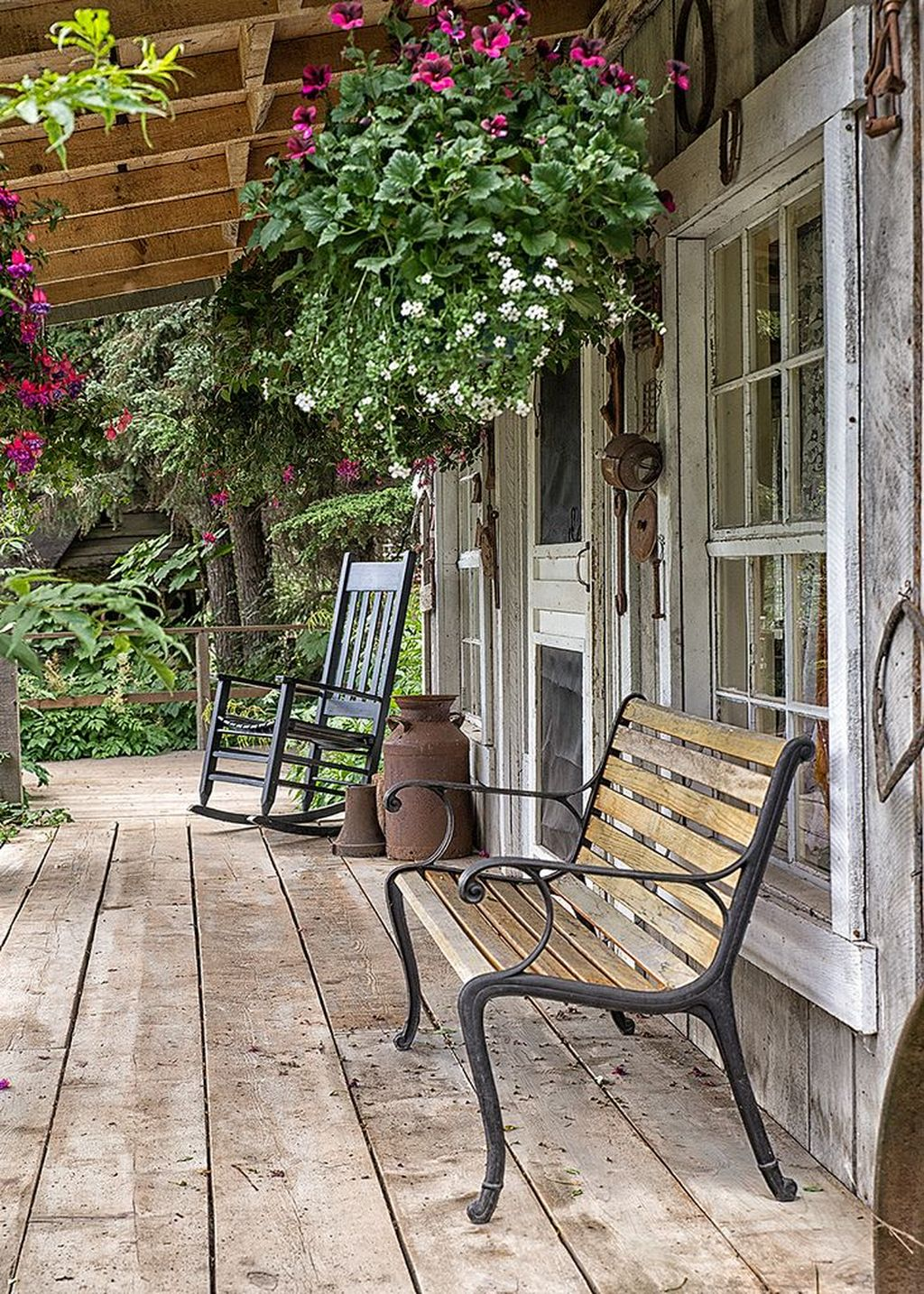 Lovely Rustic Porch Ideas To Beautify Your Home 25