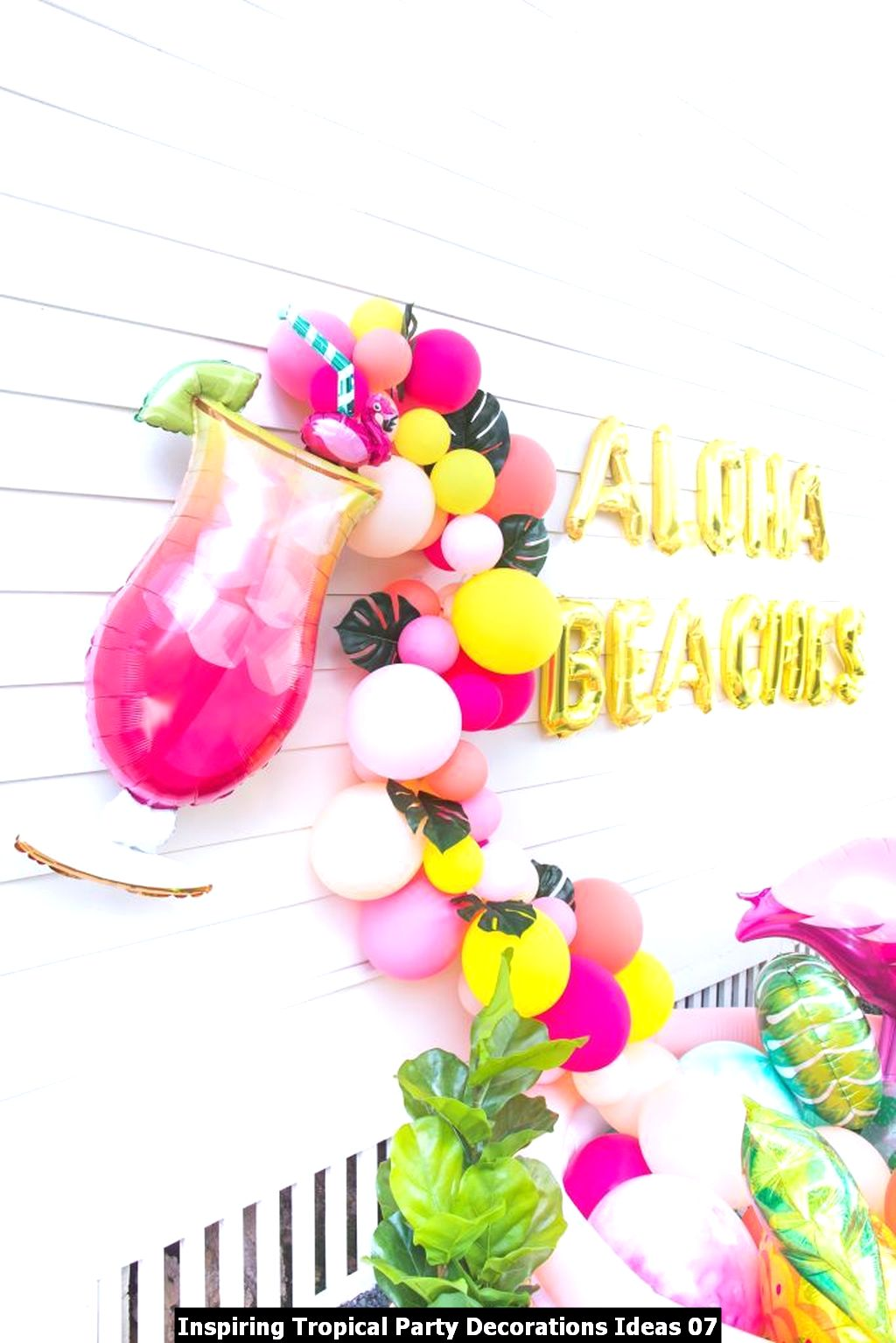Inspiring Tropical Party Decorations Ideas 07