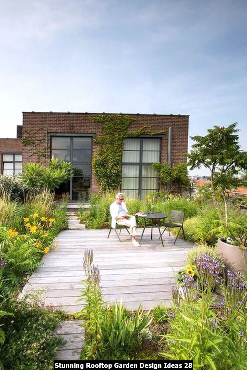 Stunning Rooftop Garden Design Ideas 28