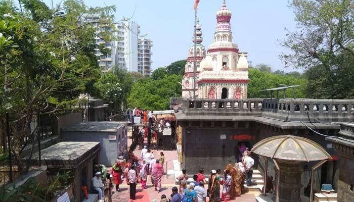 मोरया गोसावी मंदिरात भाविकांची गर्दी