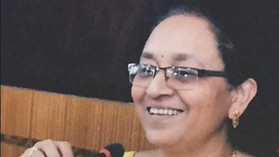 डॉ. मृणालिनी फडणवीस सोलापूर विद्यापीठाच्या कुलगुरू