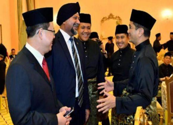 भारतीय वंशाची शीख व्यक्ती मलेशियात पहिल्यांदाच कॅबिनेट मंत्रिपदी