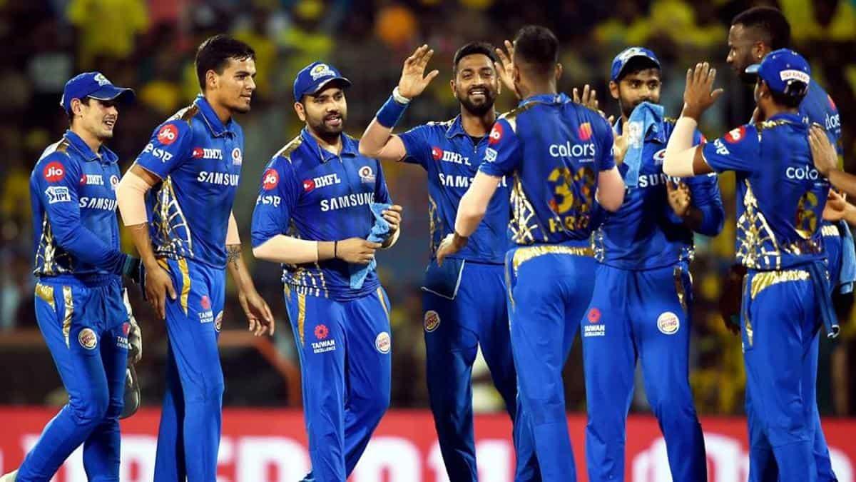 IPL2020: दिल्लीचं आयपीएल विजेता होण्याचं स्वप्न भंगलं! मुंबईने पाचव्यांदा उंचावला IPL चषक