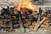 मृत्यूनंतर सन्मानाने अंत्यसंस्कारासाठी स्मशानात जाळ्यायुक्त बेड, जादा ओटे, बांधा : जेष्ठ नगरसेविका सिमा सावळे