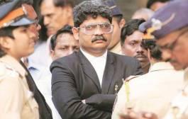 """#MarathaReservation: """"महागडे पेहराव, BMW मधून जमवलेले लाखो लोक…"""", सुप्रीम कोर्टाच्या निर्णयाचं गुणरत्न सदावर्तेंकडून स्वागत"""
