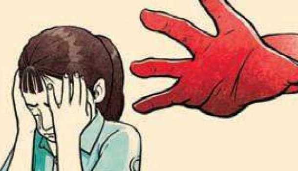 संतापजनक ! घरासमोर राहणाऱ्या तरुणाकडून चार वर्षीय चिमुरडीवर अत्याचाराचा प्रयत्न
