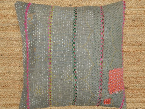 Kantha quilt cushion1