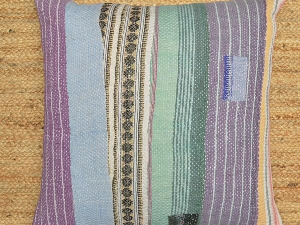 Kantha quilt cushion3 (1)