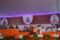 Acharya-Vardhamansagarji-Maharaj-Mangala-Pravesha-Shravanabelagola-Bahubali-Mahamasthakabhisheka-Mahamastakabhisheka-2018-017