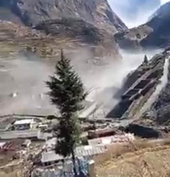 ग्लेशियर अपडेट: घबराने की जरूरत नहीं, पानी का फ्लो हुआ कम, एलर्ट रहें