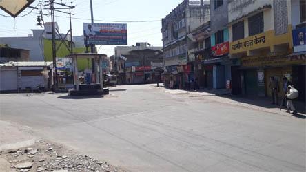 रामनगर में साप्ताहिक लॉकडाउन का दिखा पूर्ण असर