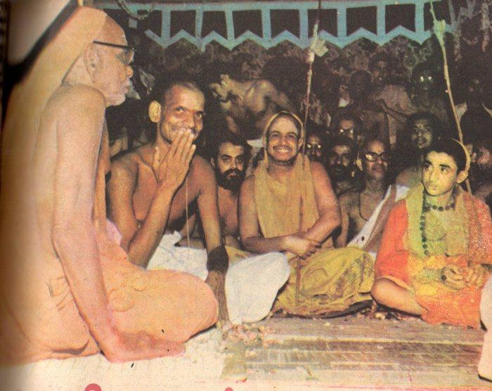 All_three_periyavas_satara