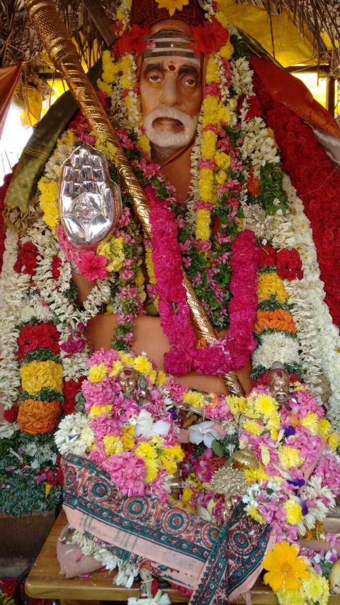 sankarapuram-periyava-silver-hastham