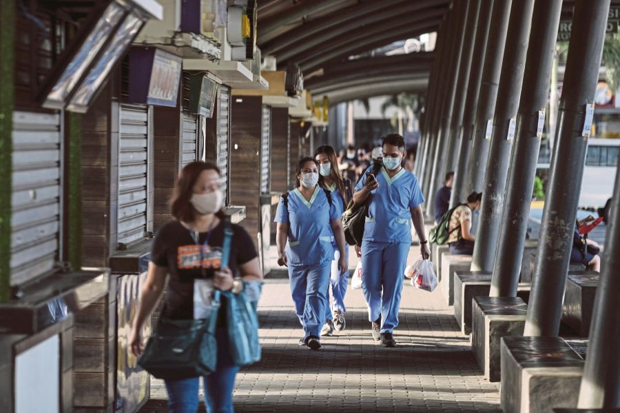 10K healthcare workers went abroad since January: POEA