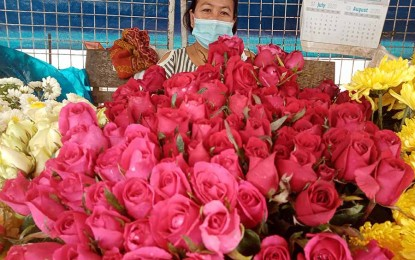 Flowers still bloom at Butuan market amid pandemic