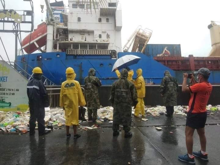 Cargo vessel crashes into SM Mall of Asia sea wall