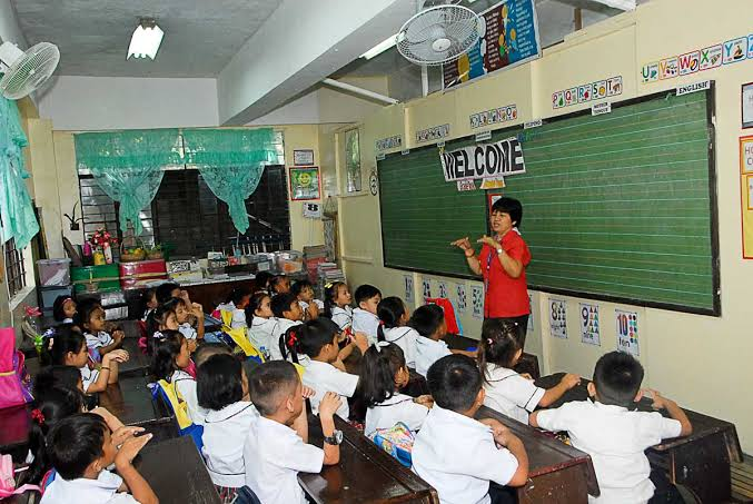 Lady solon blames failure of K-to-12 for Filipino students' low performance in Math and Science