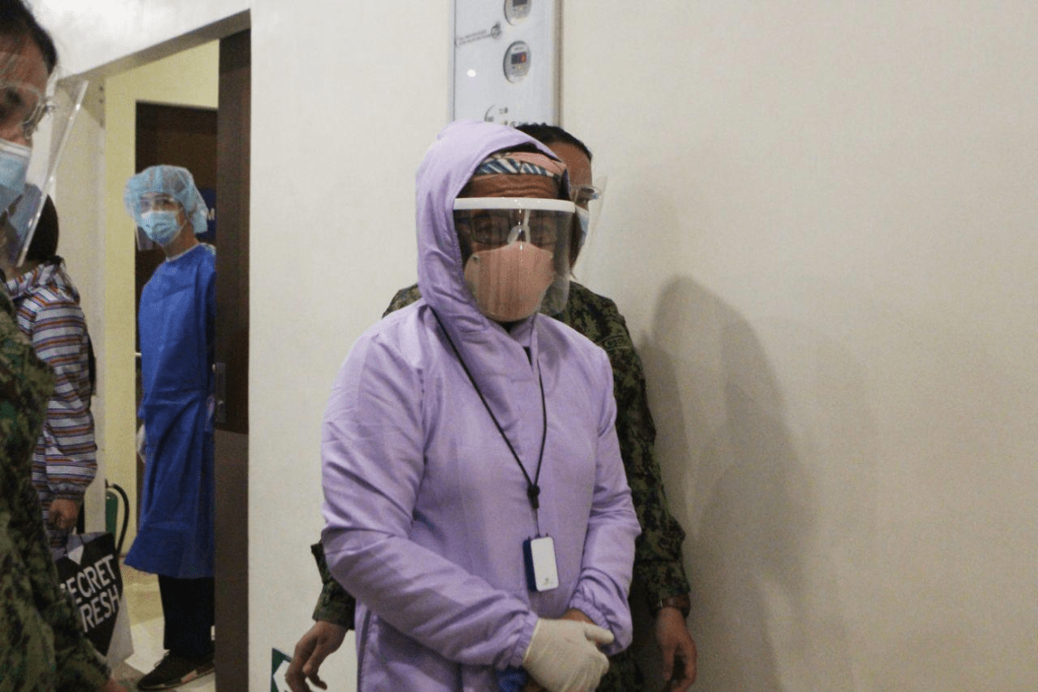 De Lima in good spirits as she arrived at the hospital for routinary check-up