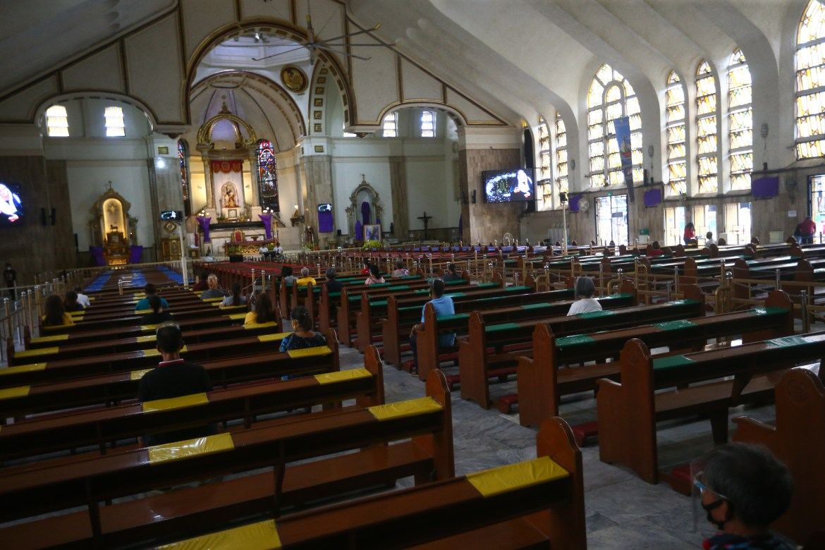 Friday mass at Quiapo church limited to 10%