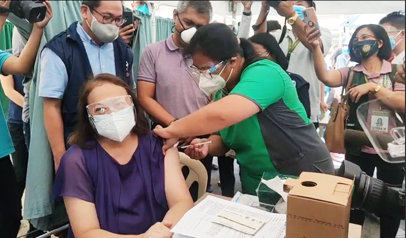 DOH-Mimaropa starts roll-out of Covid-19 vaccination
