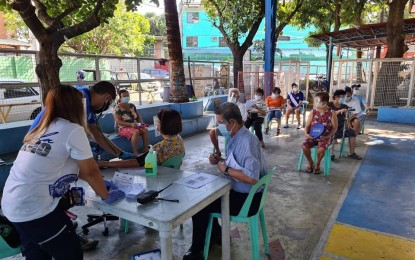Manila vaccination for elderly on