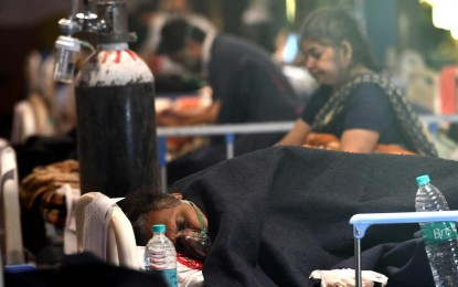 Int'l assistance continues as India sees record new Covid cases