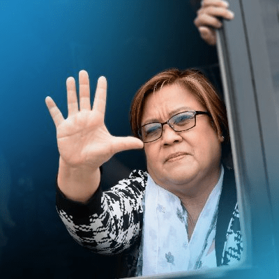 De Lima praises deaf-mute 'lolo' for hard work, perseverance amid pandemic