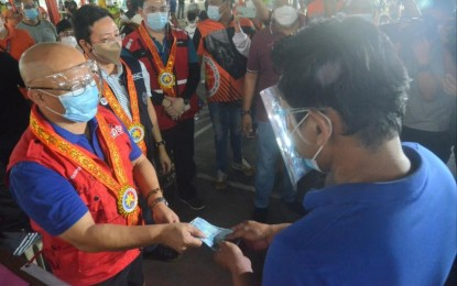 Caloocan goes digital to speed up distribution of P1.3-B cash aid