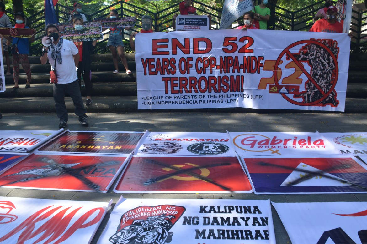 Anti-communist groups hold indignation rally anew at Dutch embassy