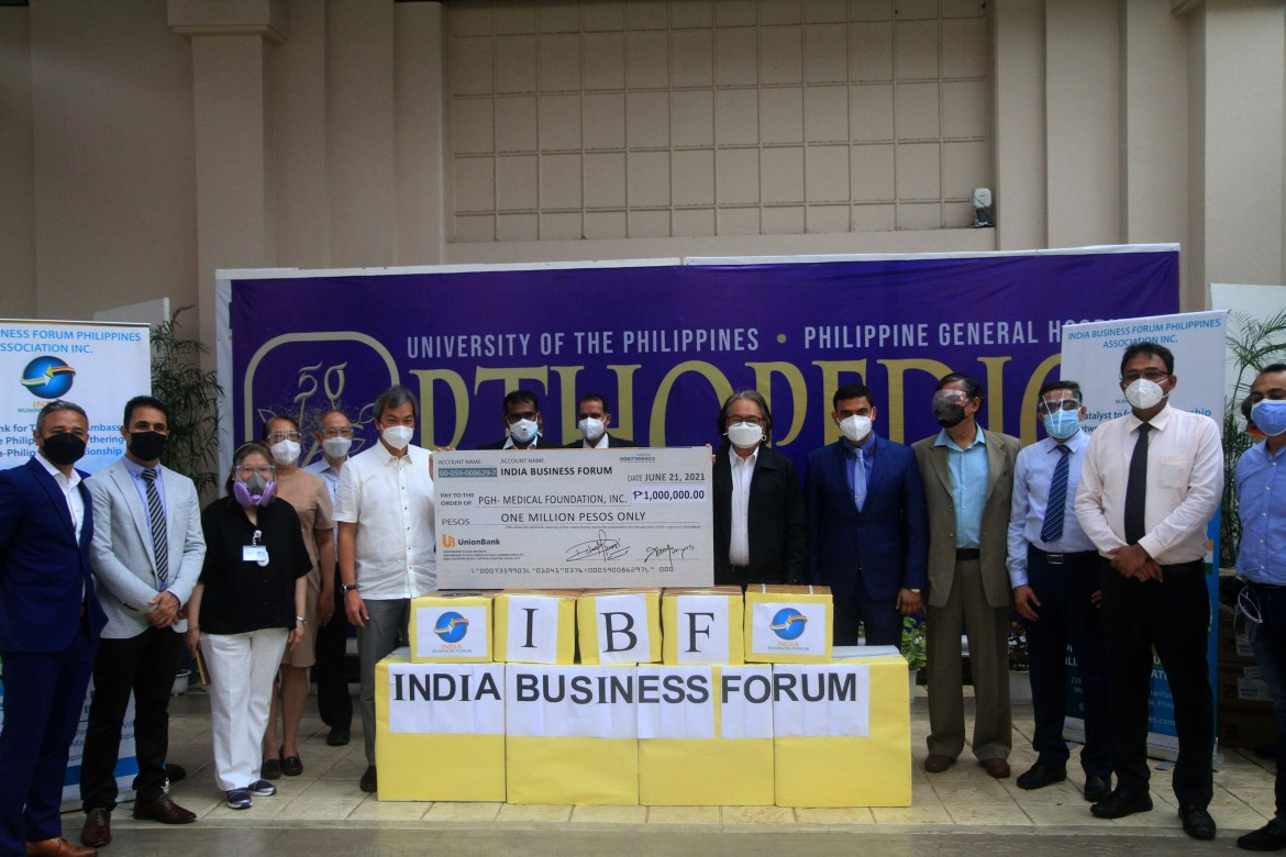 Indian businessmen donate 1M cash, P12M worth of assorted meds to PGH