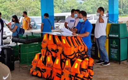 Life goes on for fisherfolk around WPS