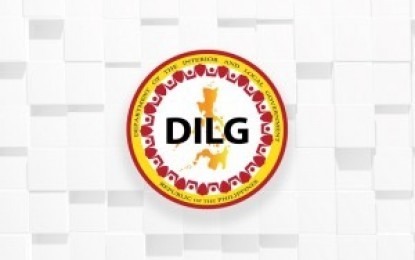 Dismantle private armed groups, DILG sec says