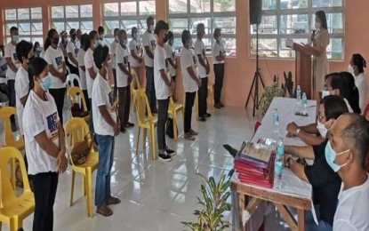 7,108 households in W. Visayas graduate from 4Ps