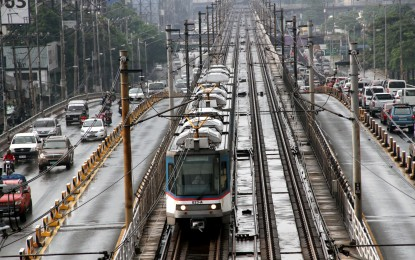LRT-2, MRT-3 offer free rides on Independence Day