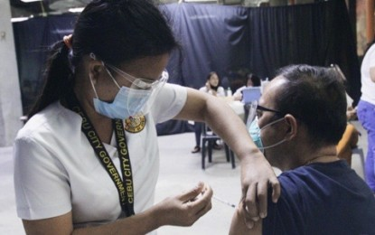 Nearly 250K individuals inoculated vs. Covid-19 in C. Visayas