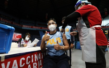 Cops can get Covid-19 vax from LGUs