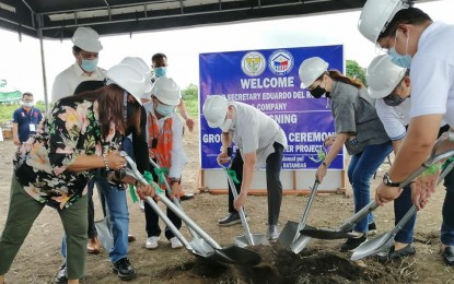 3 evac hubs to rise in Batangas province
