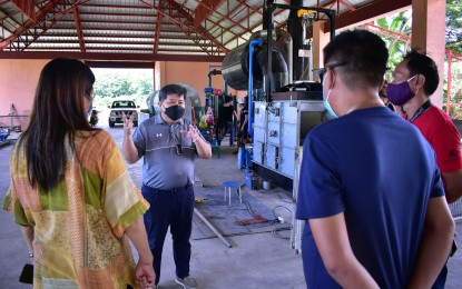 Dumaguete puts up machines for solid waste management