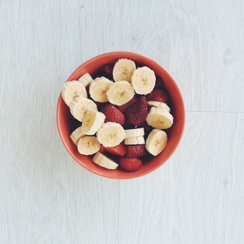 Smoothie Bowl Banane Fraise Recette Ma Healthy Tendency - Copyright barra_baixa0