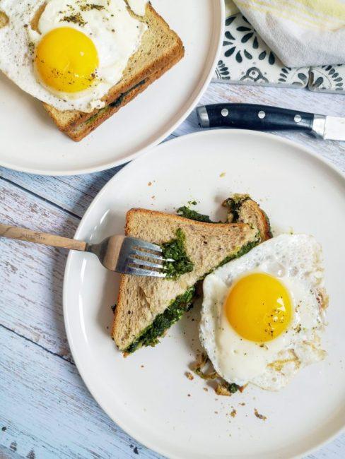 Croque Madame Pain Complet épinards, jambon, champignons & chèvre - Recette Ma Healthy Tendency