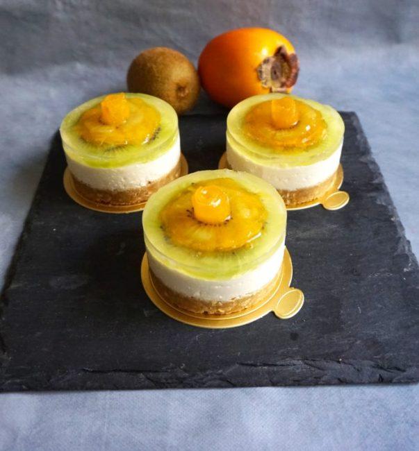 Cheesecakes crus Kiwi Kaki & Coco - Recette de Loulou Cuisine Healthy - Mahealthytendency.com