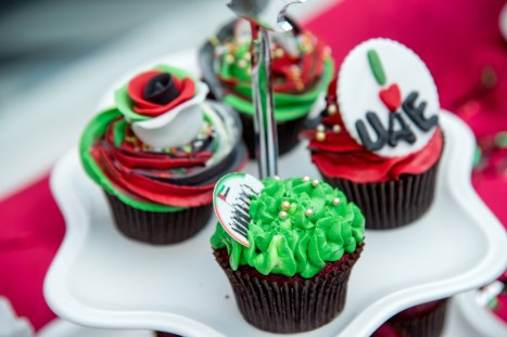 cupcakes-piped-by-special-care-centre-children