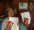 Diplomutdelning till eleverna Joakim och Camilla