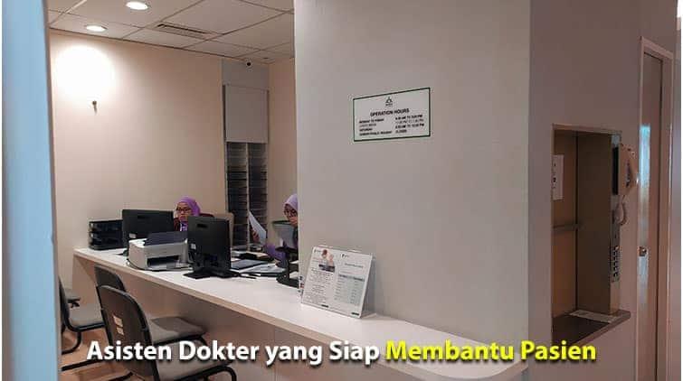 Proses Keberangkatan Menuju Mahkota Medical Centre, Melaka 13