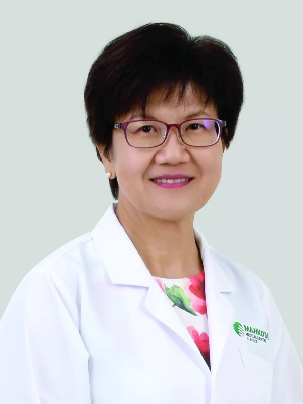 Dr Kok Yin Fun spesialis ortodonti terbaik Malaysia