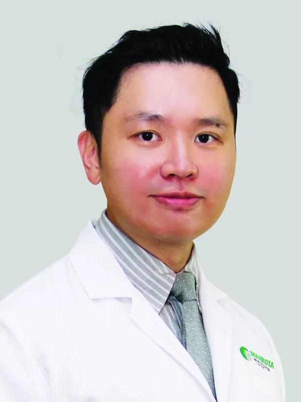 Dr Gan Kit Liang spesialis THT terbaik Malaysia yang menjadi Full Time Consultant di mahkota Medical Centre, Melaka, Malaysia