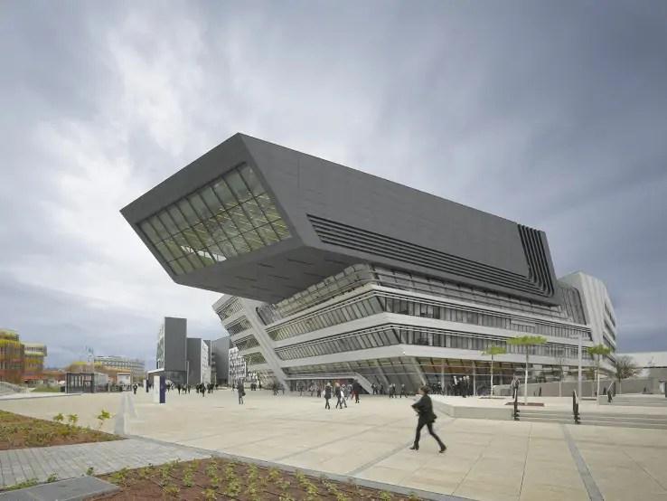 مركز المكتبة والتعليم في جامعة فيينا (2013)