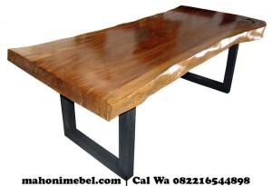 meja-trembesi-solid-kaki-hitam