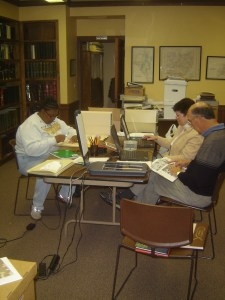 Reading-Room-with-researchers-10-17-2007