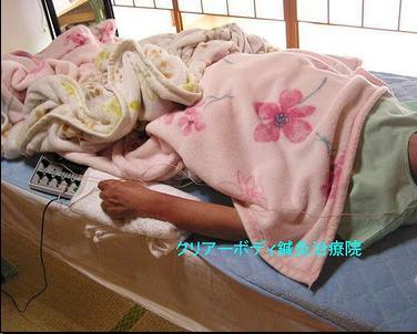 頸椎ヘルニア・頚腕症【うでのしびれ】~仰向けに寝ると腕が痺れて眠れない~